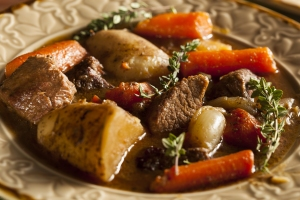 beef-stew-with-carrots-and-potato